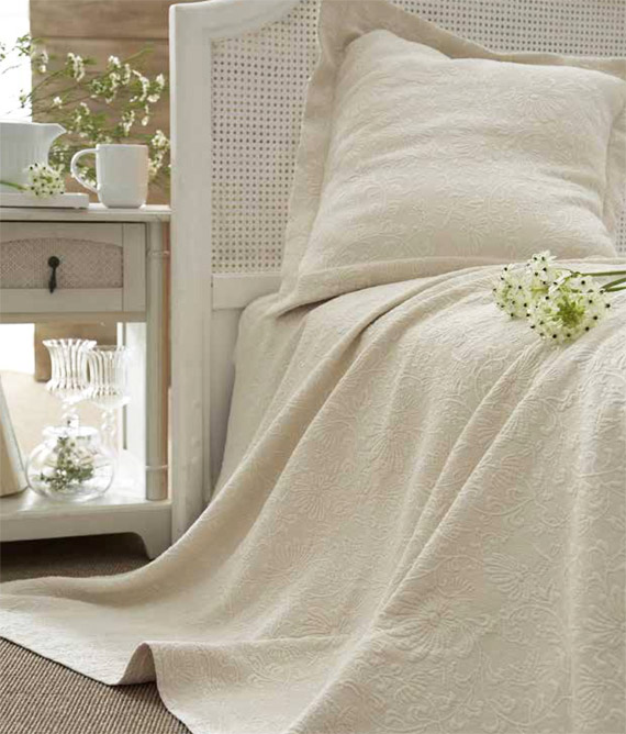 Delightful ... Floral   100% Organic Coverlet